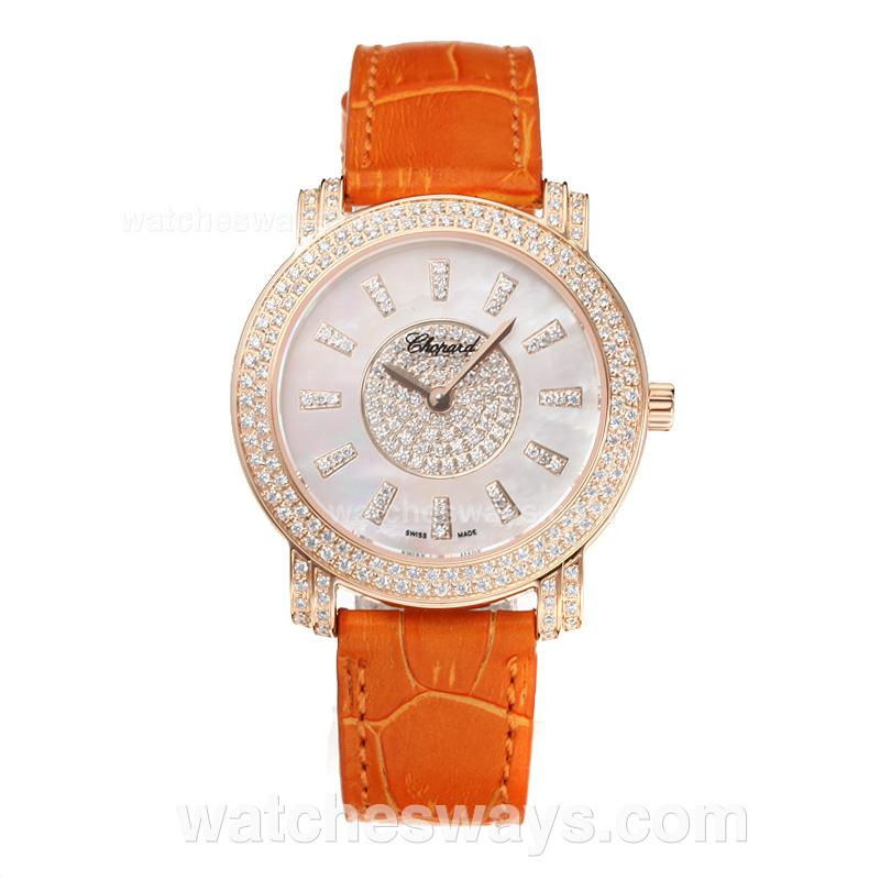 Réplique Chopard Happy Montre Diamant Sport Lunette En Or Rose Avec Cadran Blanc Même Châssis Orange Bracelet En Cuir Que La Version Suisse 186776