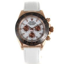 Replique Rolex Daytona automatique Case Rose Lunette Or Céramique avec bracelet en cuir blanc Cadran Blanc-- Attractive Rolex Daytona Montre pour vous 23175
