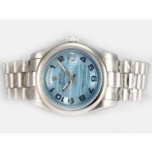 Replique Rolex DayDate automatique avec cadran bleu-Nombre Marquage - Attractive montre Rolex Day Date 22584 pour vous