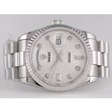 Replique Rolex Day-Date Swiss ETA 2836 Mouvement avec cadran ordinateur-Diamant Marquage - Attractive montre Rolex Day Date 22422 pour vous