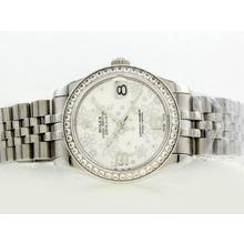Replique Rolex Datejust Swiss ETA 2836 Mouvement avec lunette sertie de diamants Cadran Motif Argent Floral - Attractive montre Rolex DateJust pour vous 20894