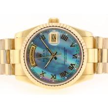 Replique Rolex Day-Date Swiss ETA 2836 Mouvement d'or complète avec MOP Dial bleu-romaine de marquage - Attractive montre Rolex Day Date 22376 pour vous