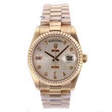 Replique Rolex Day-Date Swiss ETA 2836 Mouvement diamant d'or pleine de marquage avec cadran informatique - Attractive montre Rolex Day Date 22355 pour vous