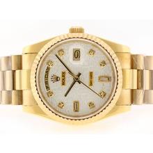 Replique Rolex Day-Date Swiss ETA 2836 Mouvement diamant d'or pleine de marquage avec cadran informatique - Attractive montre Rolex Day Date 22354 pour vous
