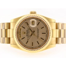 Replique Rolex Day-Date Swiss ETA 2836 Mouvement d'or pleine d'or avec cadran-Stick Marquage - Attractive montre Rolex Day Date 22352 pour vous