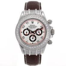Replique Rolex Daytona Chronographe de travail marqueurs de diamant Nombre Bezel avec cadran argenté - Bracelet en cuir brun - Attractive Rolex Daytona Montre pour vous 23436