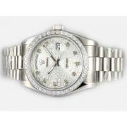 Replique Rolex Day-Date eta suisse 2836 Mouvement cadran bleu numéro de marquage 10354