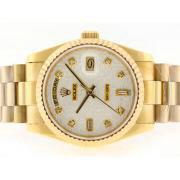 Replique Rolex Daytona Valjoux 7750 asie plein mouvement chronographe en or avec cadran noir 15749