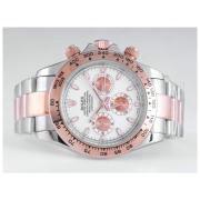 Replique Rolex Daytona travail d'or cas chronographe avec cadran blanc avec - autocollant marquage et lunette sertie de diamants 9613