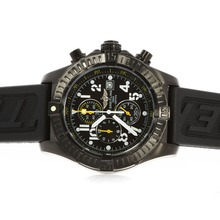 Replique Breitling Super Avenger Chronograph de travail Cadran Noir PVD affaire avec des aiguilles jaunes - Attractive Montre Breitling Super Avenger pour vous 26726