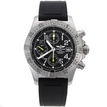 Replique Breitling Avenger Skyland chronographe suisse Valjoux 7750 Mouvement avec cadran noir-Bracelet Caoutchouc - Attractive Montre Breitling Avenger Skyland pour vous 26505