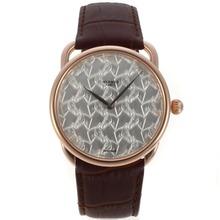 Replique Hermes suisse EAT Mouvement boîtier en or rose avec motif de cheval argent bracelet en cuir brun cadran-36775