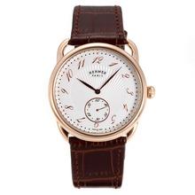 Replique Hermes Arceau boîtier en or rose avec bracelet en cuir brun cadran blanc-36727