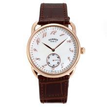 Replique Hermes Arceau boîtier en or rose avec bracelet en cuir brun cadran blanc-36726