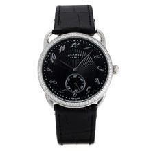 Replique Hermes Arceau Diamond Bezel avec bracelet en cuir noir Cadran Noir-36720