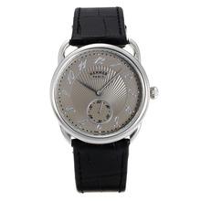 Replique Hermes Arceau avec bracelet en cuir gris Cadran Noir-36718