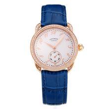 Replique Hermes Arceau Rose Gold Diamond Bezel boîtier avec cuir blanc Cadran-Bleu Strap-verre de saphir 36683