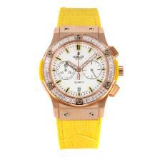 Replique Hublot Big Bang chronographe en or rose de travail lunette sertie de diamants cas avec bracelet en cuir cadran blanc-jaune - Attractive Hublot Big Bang Montre pour vous 29748