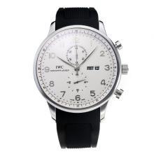 Replique IWC Chronographe travail classique avec cadran blanc-bracelet en caoutchouc - Attractive Autres IWC montre pour vous 31735