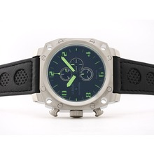 Replique U-boat Mille Pieds de travail Chronographe avec marquage vert - noir bracelet en cuir perforé - Attractive U-Boat milliers de pieds Watch pour vous 35343